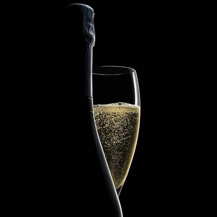 Champagne-Blanc-De-Noirs_edited.jpg