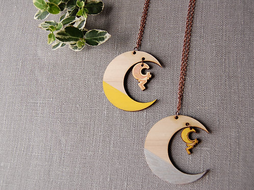 Moon 달 Dal  Necklace
