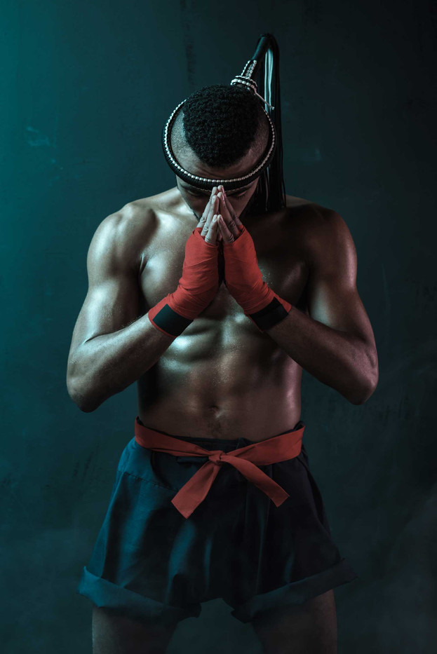 muay-thai-athlete-training-at-thai-boxin