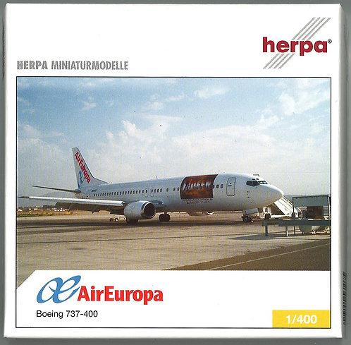 Air Europa Scale 1-400 model Boeing B737-400 EC-IRA