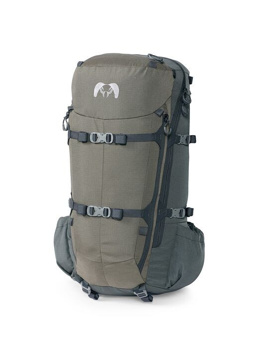 PRO 3600 is our most popular size of hunting pack. It's the ideal pack for 1-to-3-day trips, horseback hunts or for gear-intensive day hunts. New center-divided rear cargo pockets are easily accessible while your gun or bow is attached. Compression straps cinch tight against the frame when empty and let out when the real work begins.