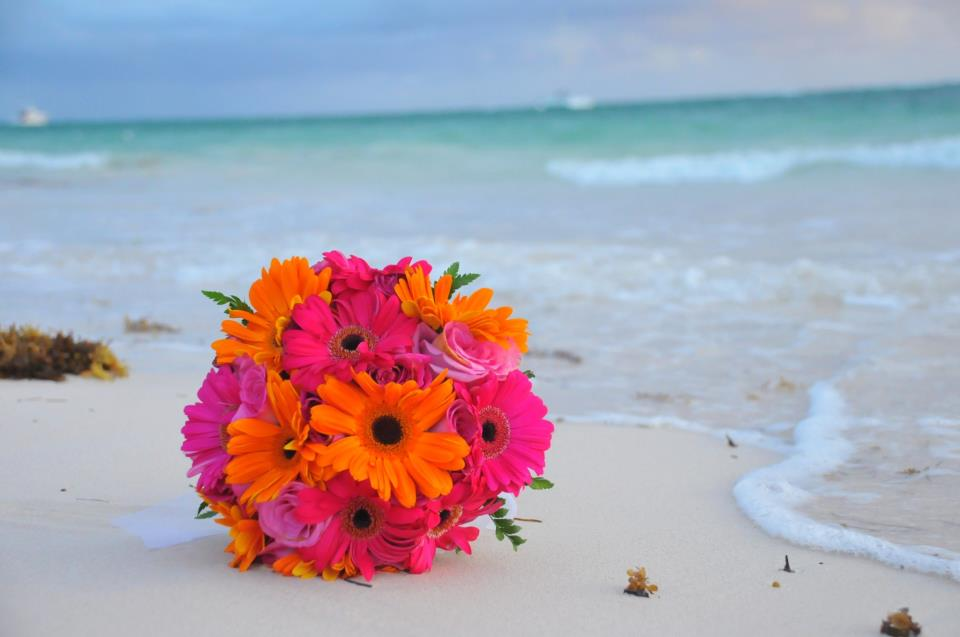 bouquet-beach1.jpg