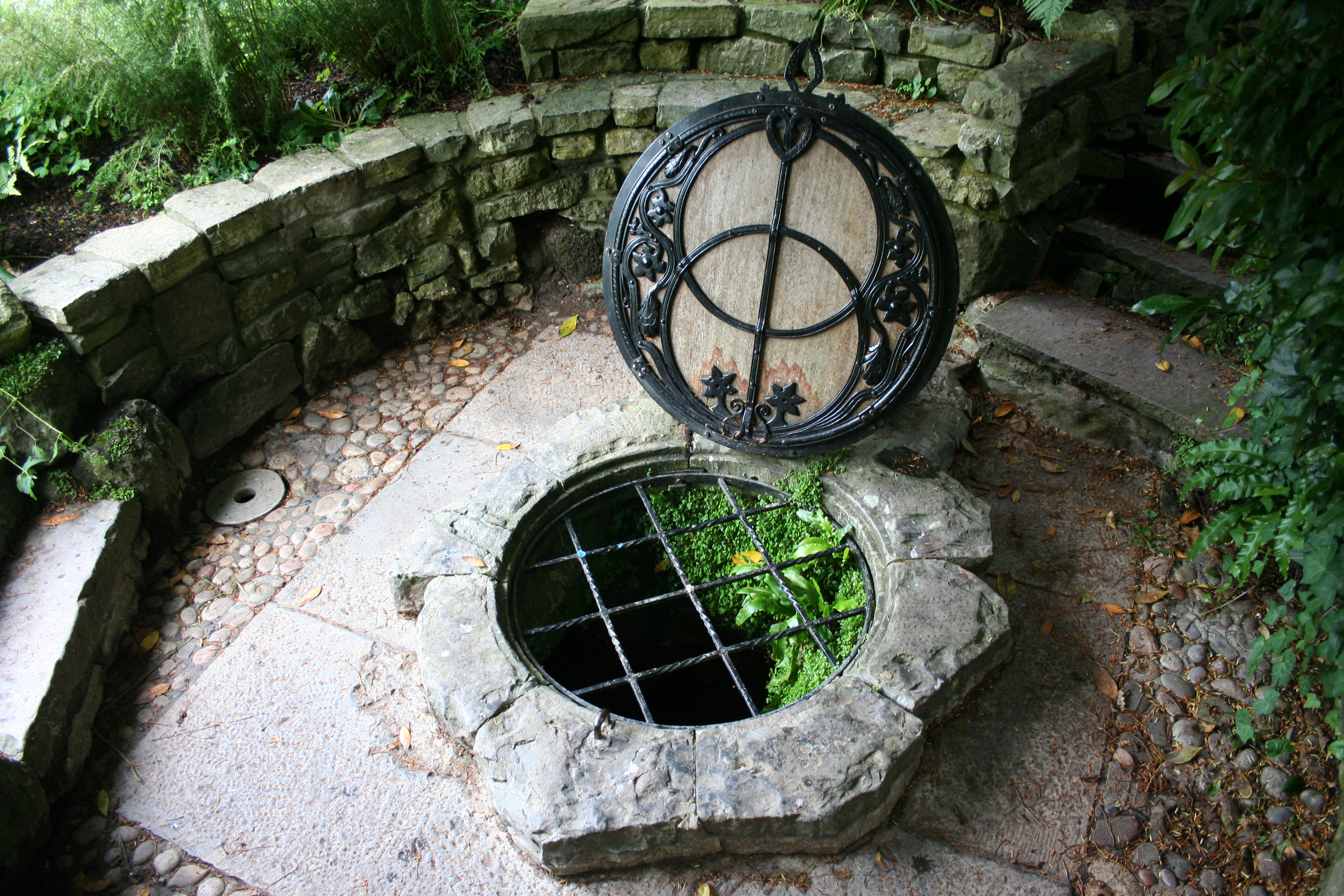 Glastonbury Chalice Well