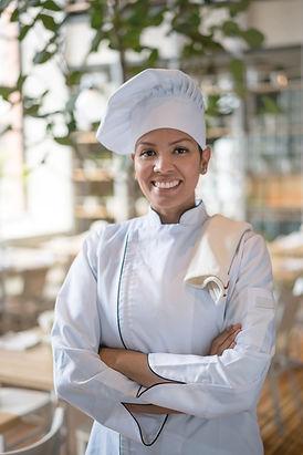 Chef sorrindo