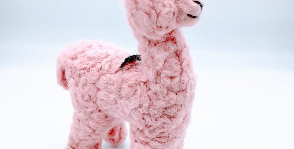 "8"" Felted Alpaca - Pink"
