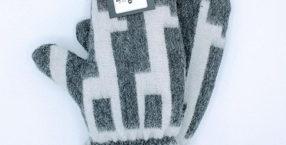 Alpaca Print Fleece Lined Mittens - Medium charcoal