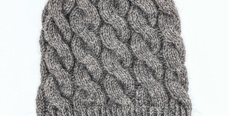 Handmade alpaca cable hat