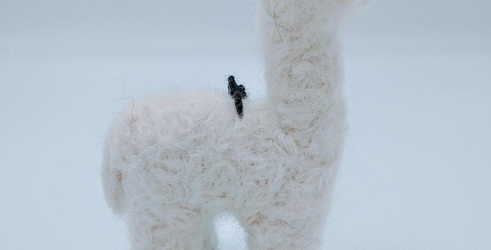 Cria Huacaya: 5.5″ Alpaca Fiber Sculpture - Pearl