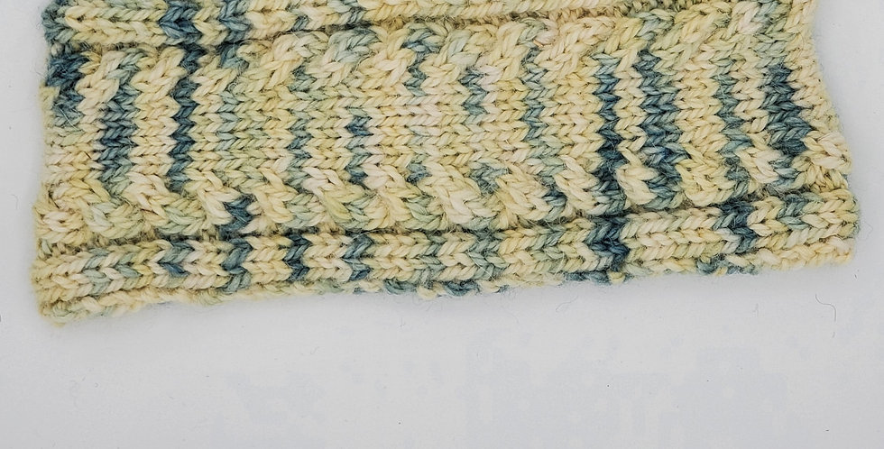 Handmade children's headband with lasgna pattern - seascape