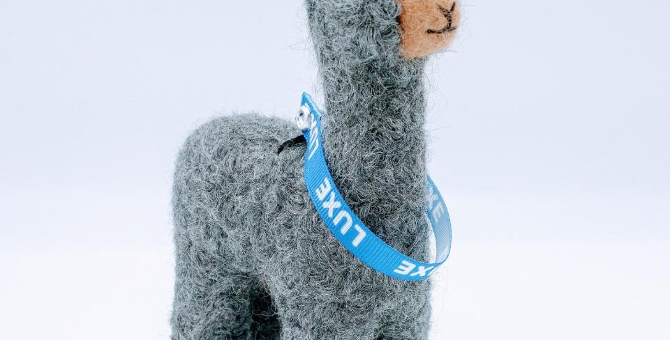 6.5″ Alpaca Fiber Sculpture with a Collar