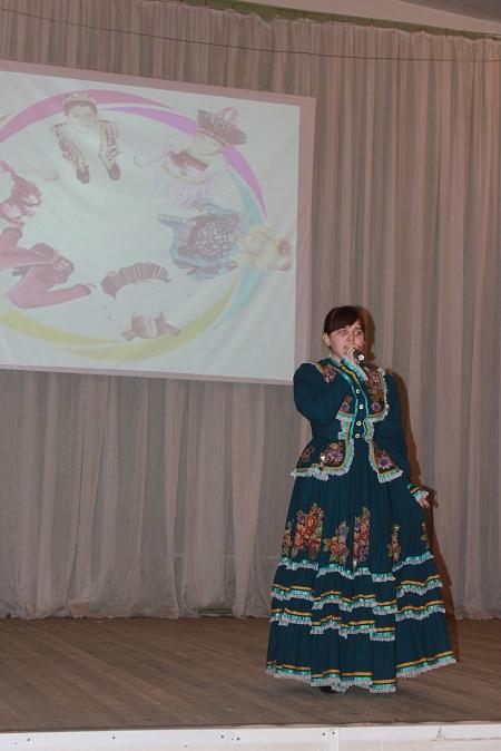 Шишкина Татьяна исполняет песню