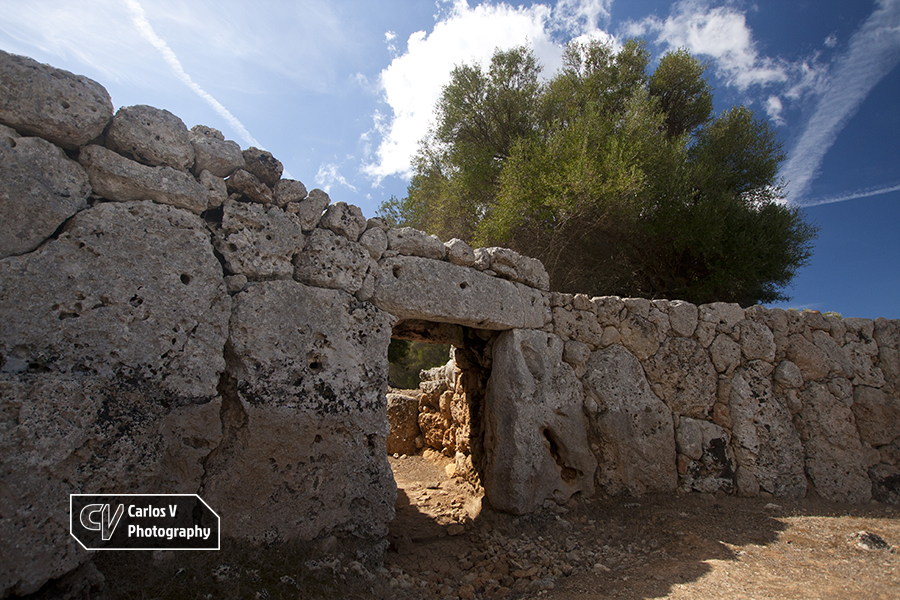 Son Catlar is the largest village of the western half of Menorca, and integrally preserves its huge wall surrounding it.  © Carlos Vermeersch