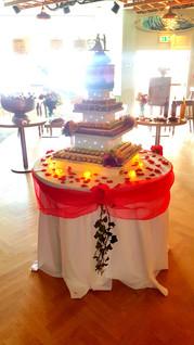 wedding cake alternative idea cork