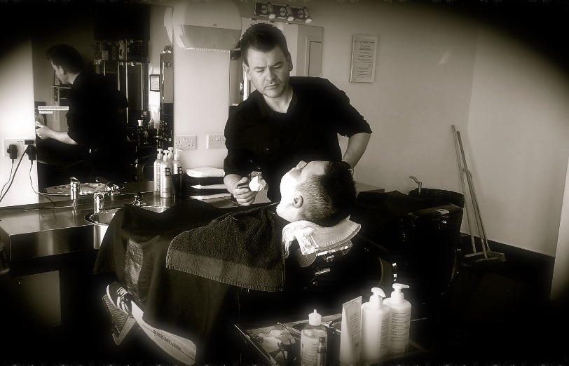 hot towel shave - phil.