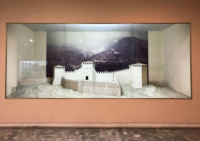 museum_albania_wideangletours_edited.jpg