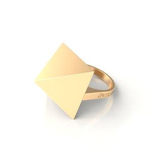 Кольцо Пирамида