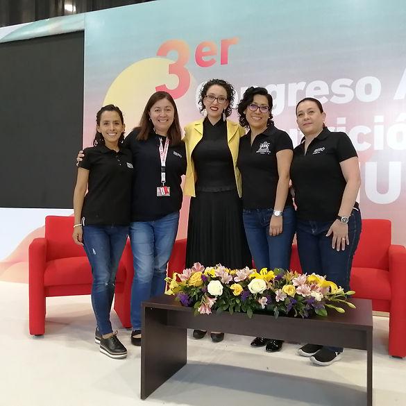 Maravillosos equipo Ibero Puebla.jpg
