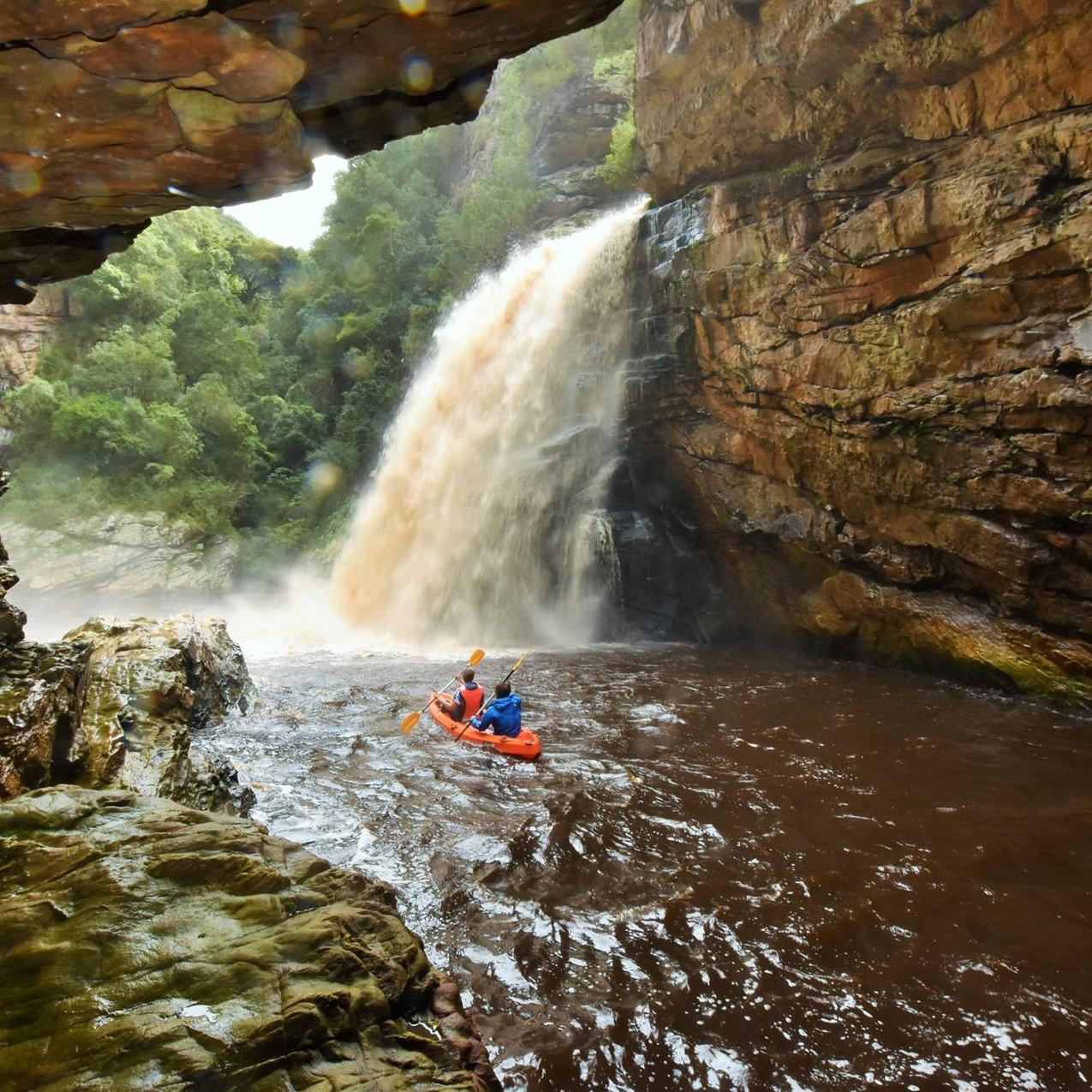 Canoe to the Kaaiman's waterfall.