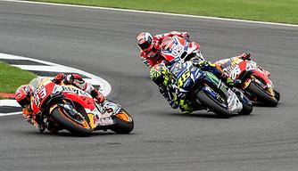 Moto GP Silverstone - Marc Marquez leading pack