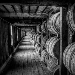 0000166 Kentucky Distillery Hallway BW.j
