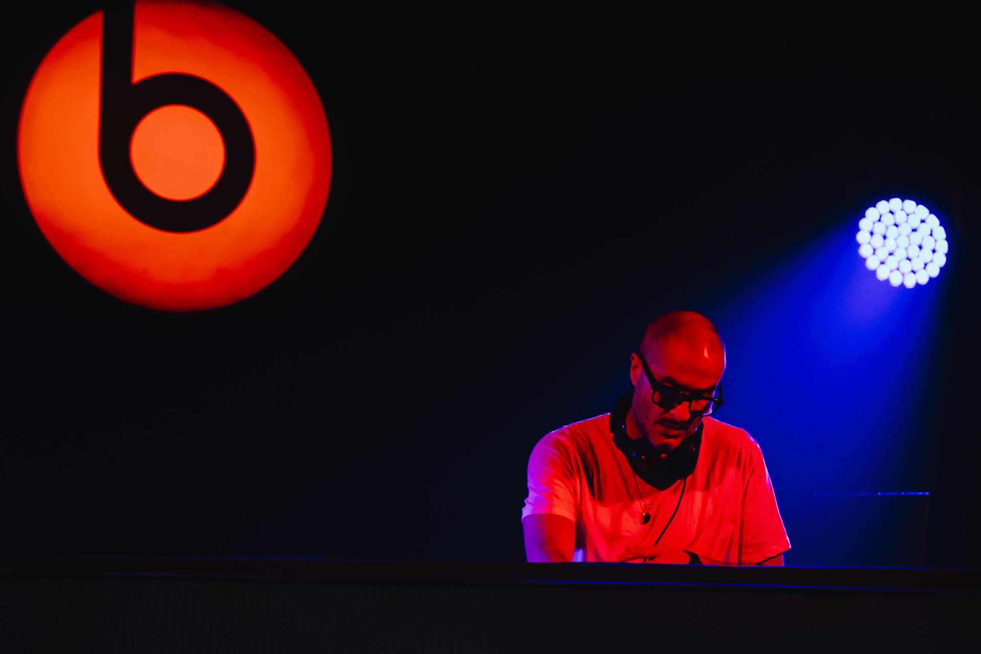Beats DJ 4-min.jpg