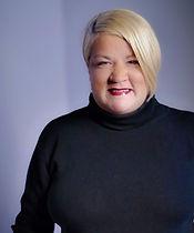 Kathleen, Stylist