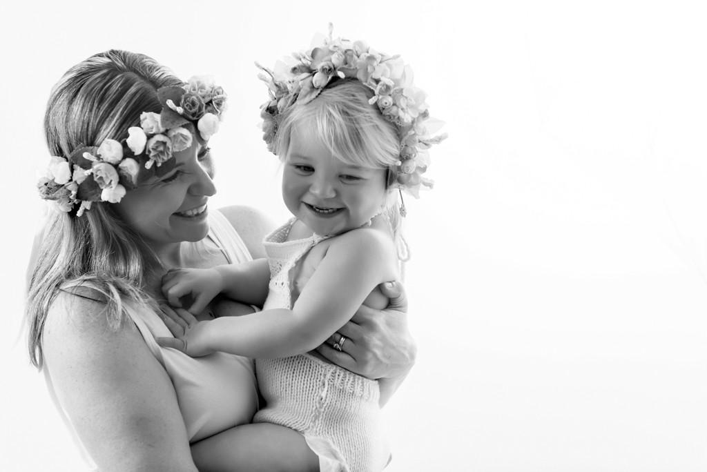mother daughter studio photo adelaide