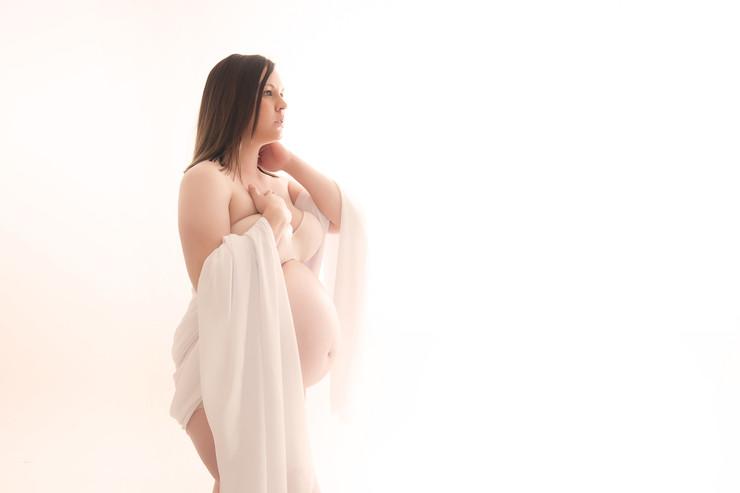 studio maternity photo adelaide