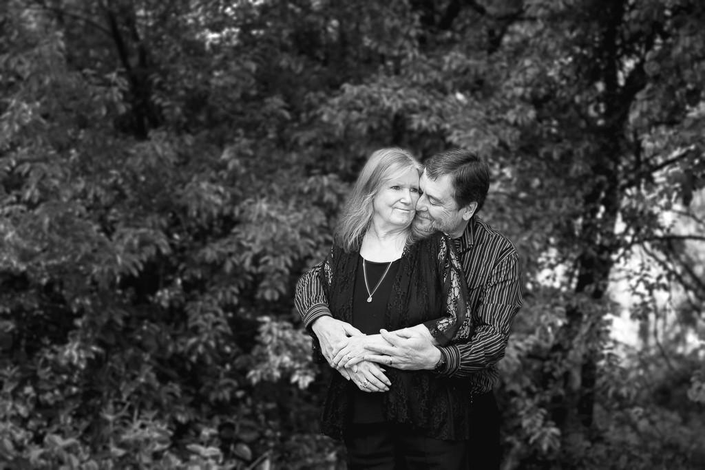 belair adelaide outdoor garden engagement couple family photo