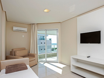 Apartamentos espaçosos e equipados