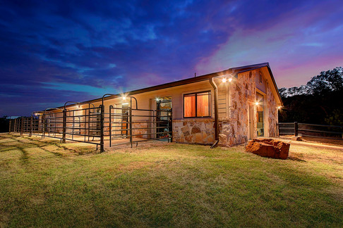 101 Spears Ranch Rd - Stables - Ext - 00