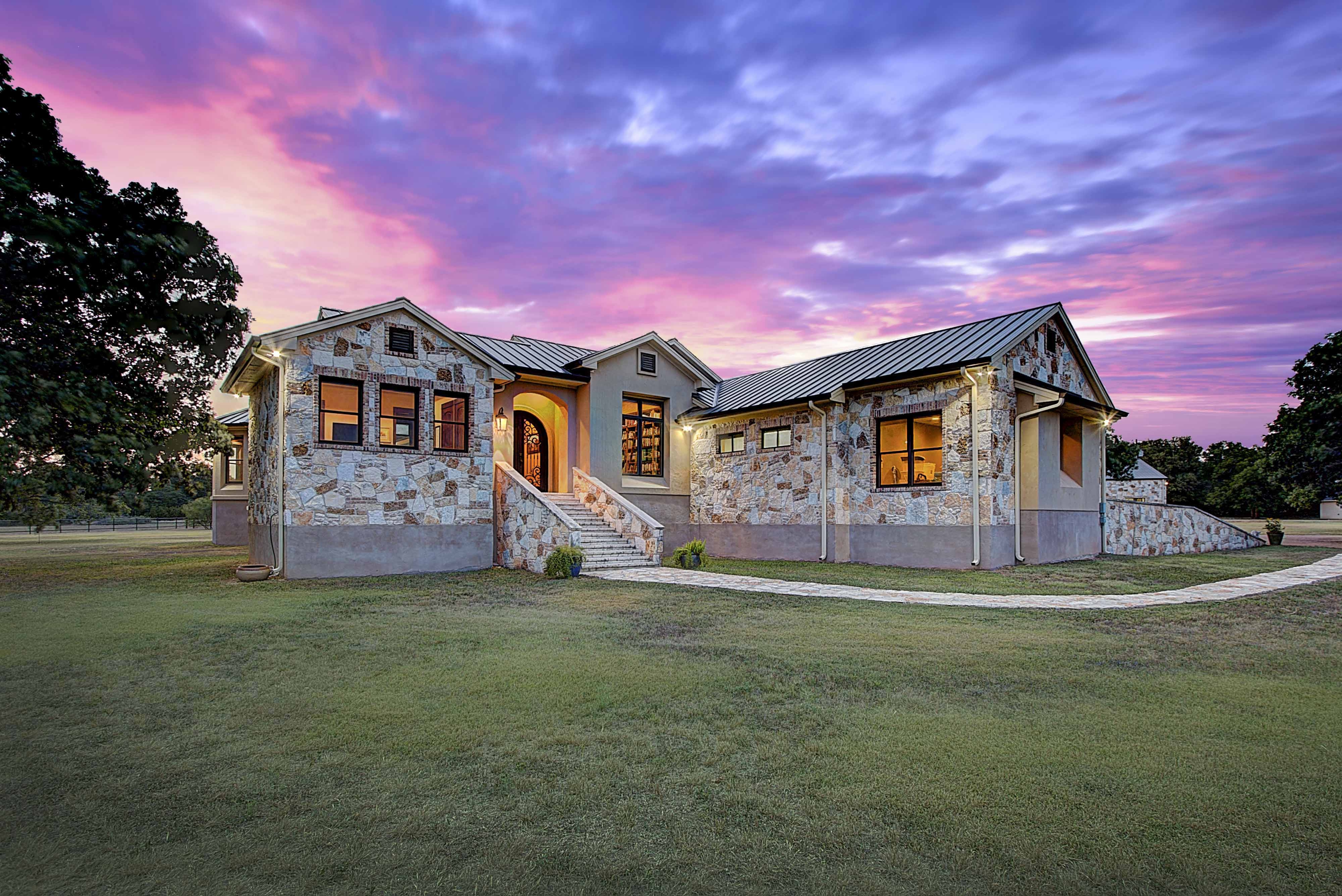 101 Spears Ranch Rd, Jarrell, TX