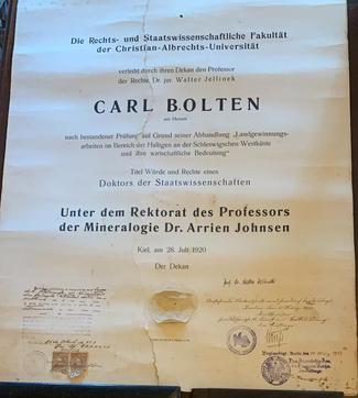 Diploma da Faculdade de Ciências Políticas