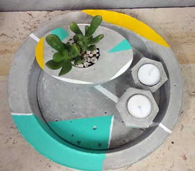 צלחת-מרכז-שולחן-בטון-עם-עציץ-בטון.jpg