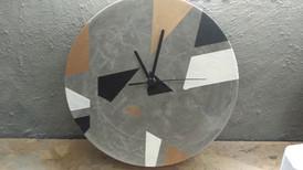שעון בטון - סדנת עיצוב בבטון - הום סטיילנג