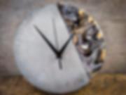 שעון בטון- אקריליק פורינג עיצוב בבטון.jp