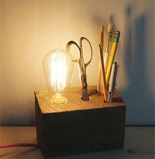בלוק-עץ---גוף-תאורה-מעץ.jpg