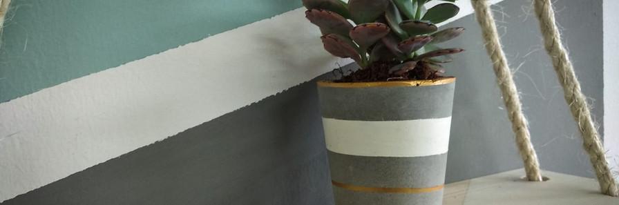 עציצון בטון מדף בוהו שיק