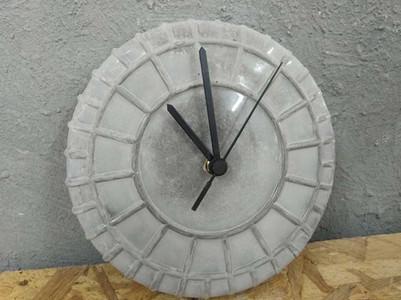 שעון בטון - עיצוב תעשייתי סדנת עיצוב
