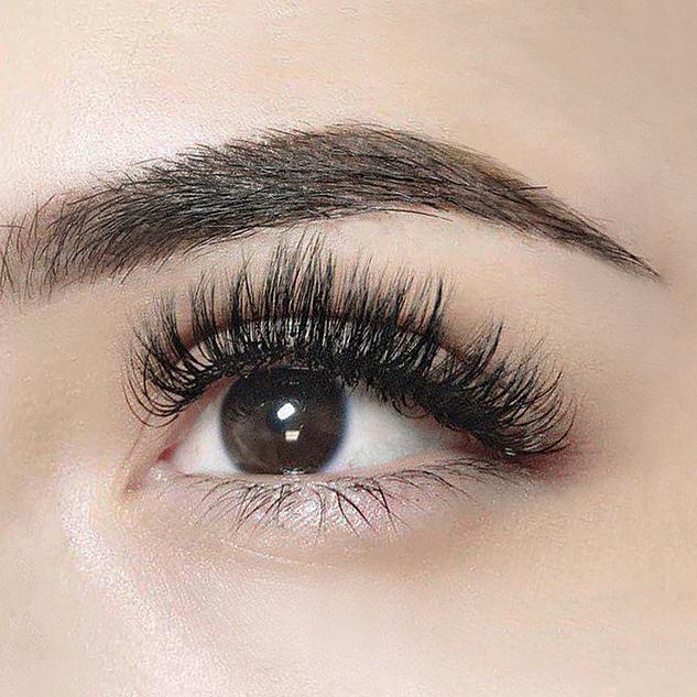 3D Mink Volume Eyelash Extensions