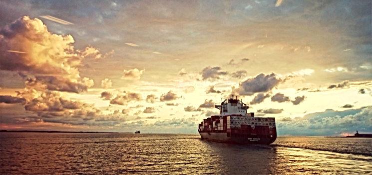ship-981597_edited_edited.jpg