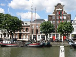 Dordrecht Stokholm (CC0 Torsade de Points via Wiki)