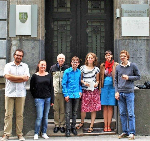 Paul van den Heuvel en collega´s tijdens de Comenius Zomercursus 2014. Benjamin Bossaert midden vooraan