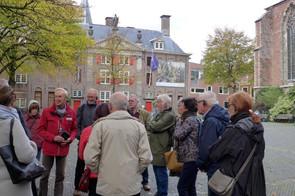 Leiden Pieterskerkhof en Gravensteen