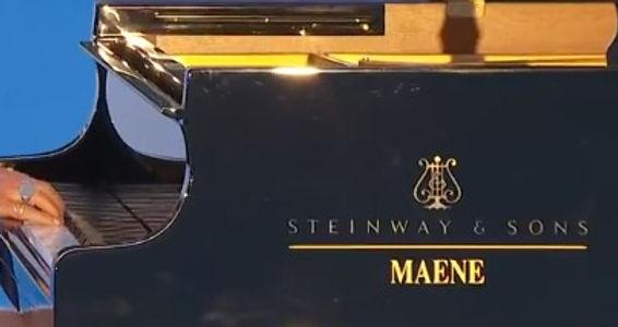 4 juni 2020 - Chris Maene Straight Strung Grand Piano
