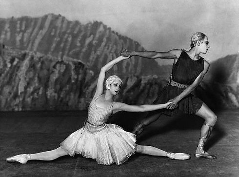 Ballets_Russes_-_Apollo_musag%C3%A8te_ed