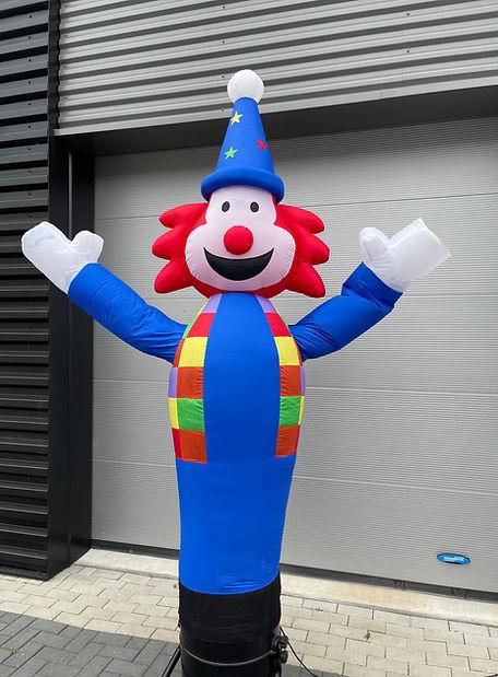 Clown dancer.jpg
