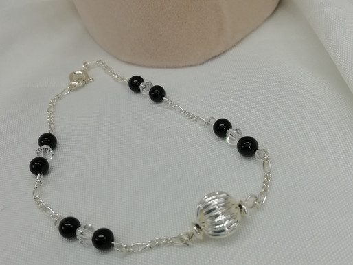 Handmade Black onyx beads and crystals set bracelets