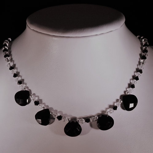 Handmade Beautiful graduated black spinel briolettes set on a full necklace