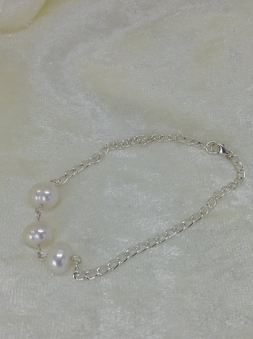 3 Freshwater Pearls simply set on Silver Trace Chain Bracelet